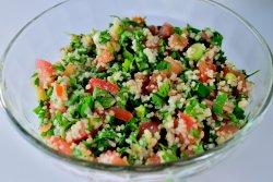 Salata de cous-cous (tabbouleh)