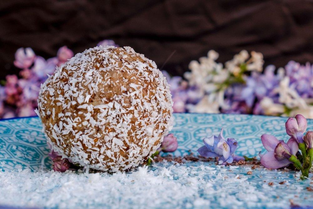 Biluta de cocos cu ghimbir